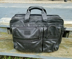best things to see on eBay for profit - tumi breifcase